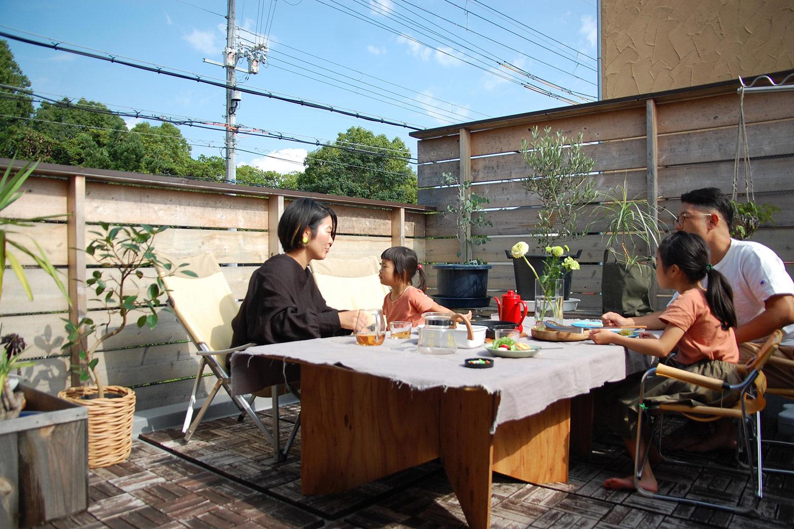 アウトドアリビングの木の家 / 豊中市北条町