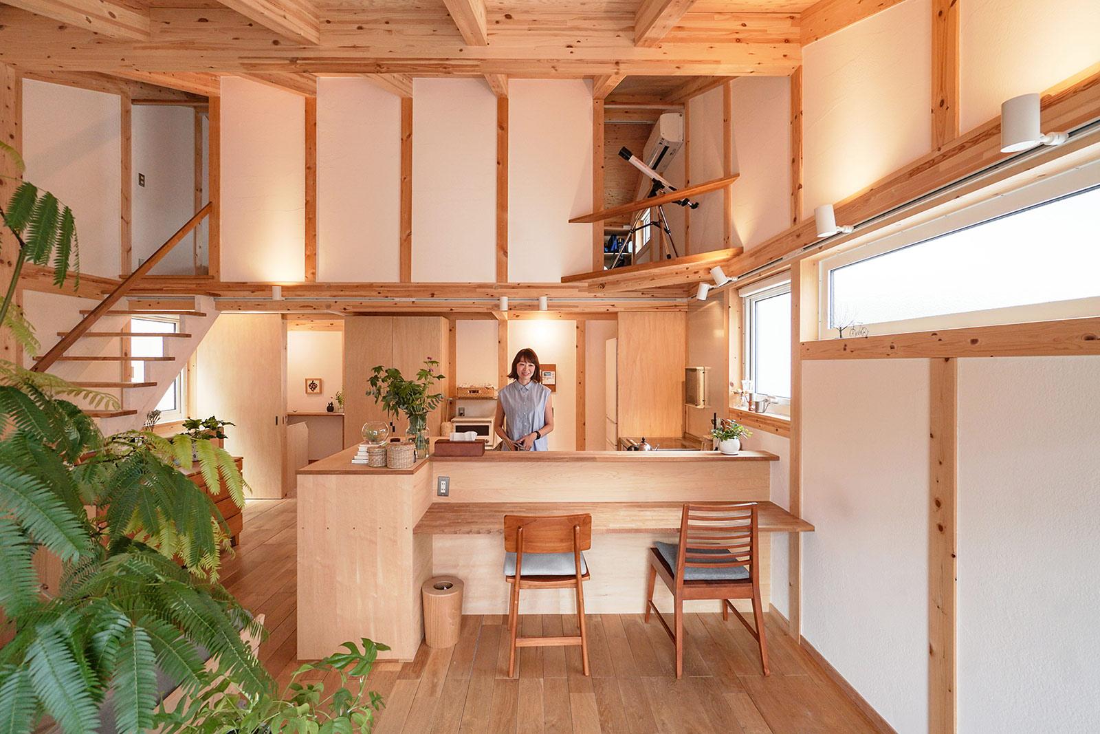 アクセサリー作家のアトリエのある木の家 / 吹田市尺谷