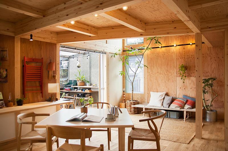 ダイニングテーブルはとても重要な家具。種類とその特徴
