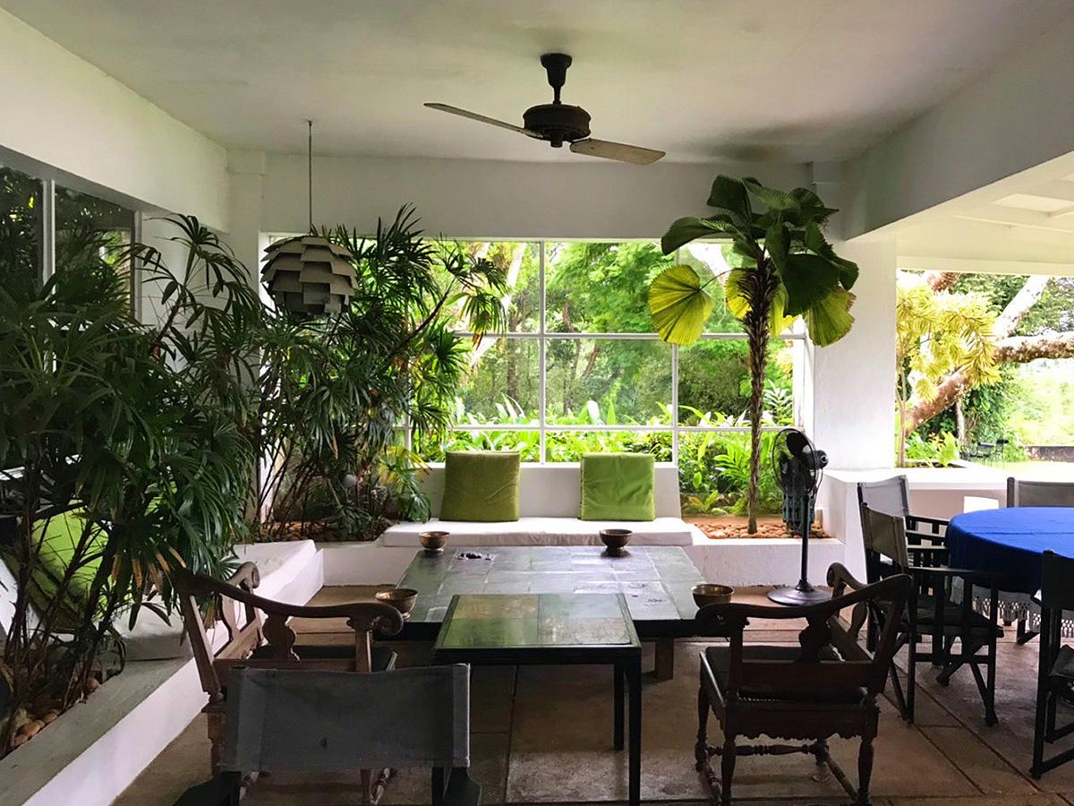 半外空間の魅力と可能性について(2)「ジェフリー・バワ建築に学ぶ豊かさ」